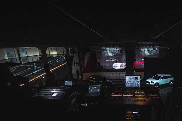 video-mapping-eventos-car-mapping-audi-q2-8